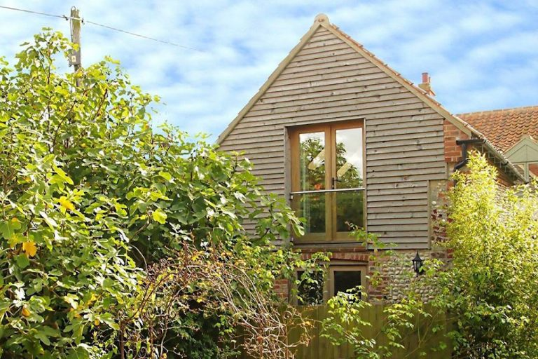 View more information about Guillemot Barn