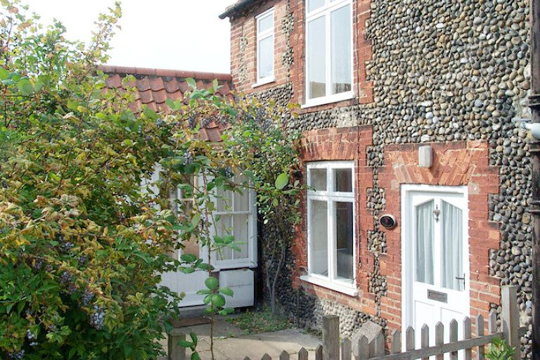 View more information about Rose Cottage