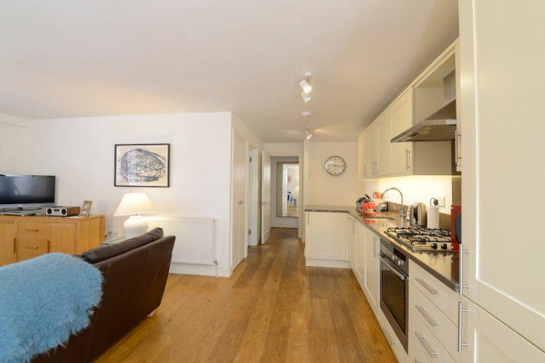 ApartmentOne05-1200px