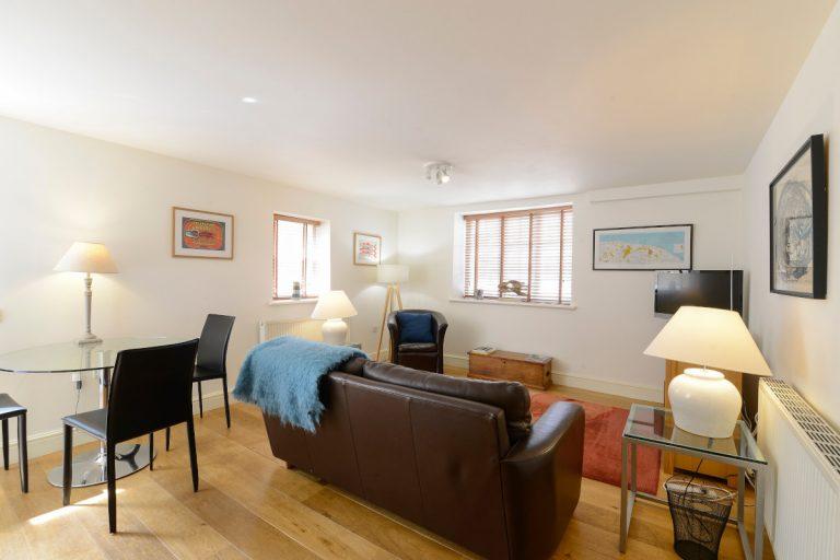 ApartmentOne06-1200px