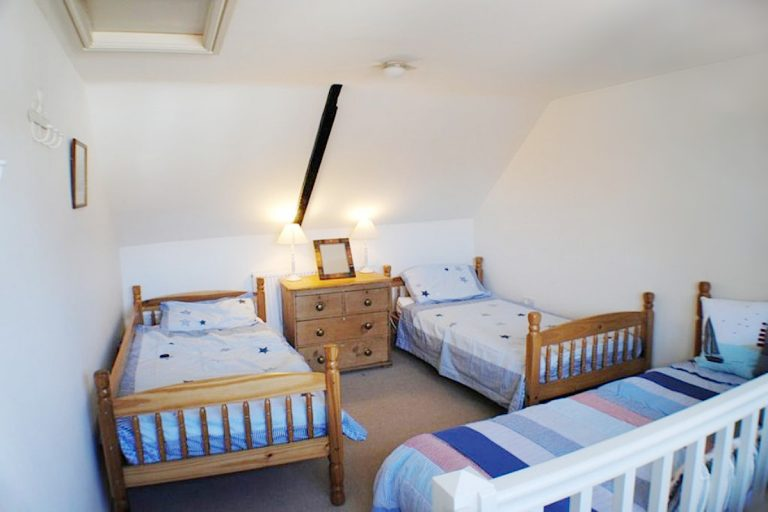 Single beds in Elgin Cottage at Wells-next-the-Sea.