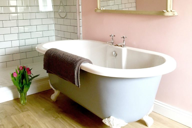 A freestanding roll top bath at Grey Seal Cottage in Wells.
